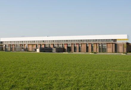 Centre dexcellence en biotechnologies de Pomacle 440x305
