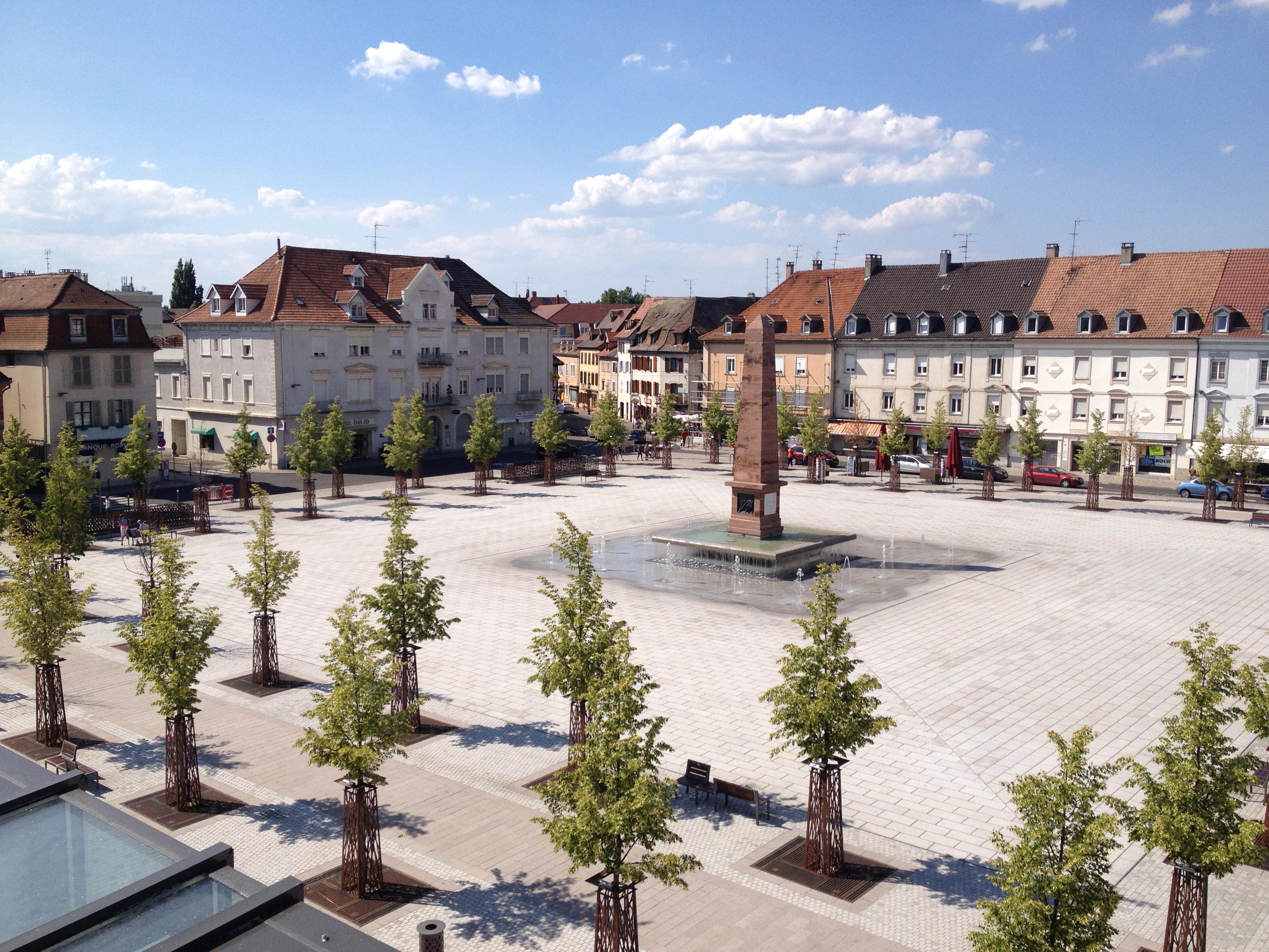 Amenagement de la place Abbatucci et creation de parking