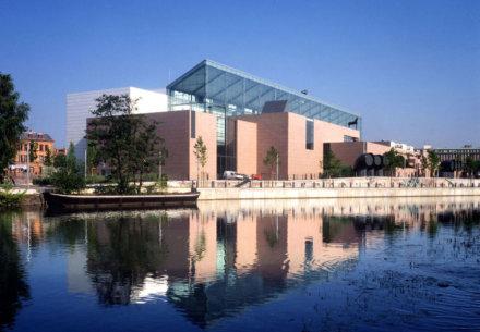 Musee dArt Moderne et Contemporain Vue generale 440x305